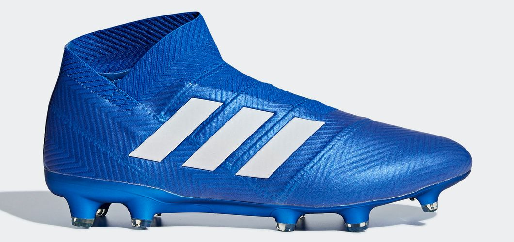 During the BPL Season 2017/2018 the Left footed player of Manchester City, born in Lisbon, Portugal, plays on adidas Nemeziz 18+.