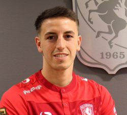 Picture of the 1.80 m (5 ft 11 in) tall Spanish centre back of FC Twente