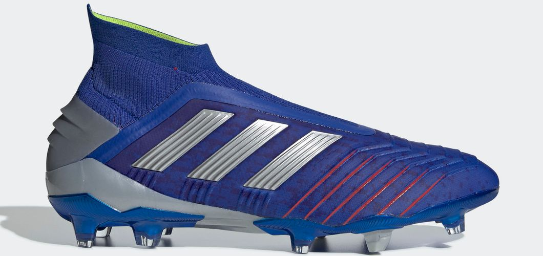 During the BPL Season 2018/2019 the Right footed player of Manchester United, born in Lagny-sur-Marne, France, plays on adidas Predator 19+.