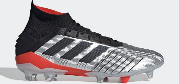During the BPL Season 2019-20 the Left footed player of Barcelona , born in Mataró, Spain, plays on adidas Predator 19.1.