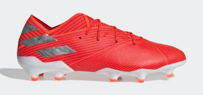 During the BPL Season 2019-20 the Left footed player of FC Barcelona, born in Rosario, Argentina, plays on Adidas Nemesis.