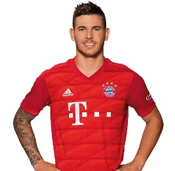 Picture of the 1.82 m (6 ft 0 in) tall French centre back of Bayern Munich