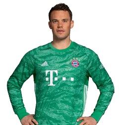 Picture of the 1.93 m (6 ft 4 in) tall German goalkeeper of Bayern Munich