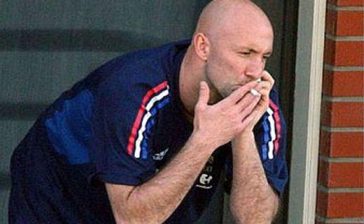 Barthez smoking cigarette