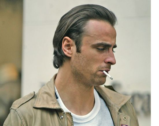 berbatov smoking cigarette