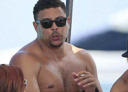 Ronaldo smoking cigarette