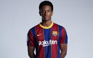 Picture of the 1.75 m (5 ft 9 in) tall Spanish left back of FC Barcelona B
